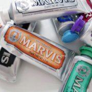 Marvis Zahnpasta aus Italien ist auch ein ästhetischer Genuss im Badezimmer.