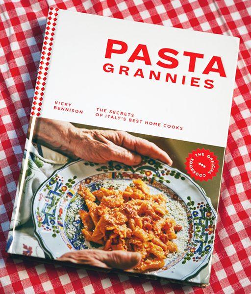 Pasta Grannies, das beste Buch um Pasta-Herstellung zu lernen und Italiens Großmütter kennenzulernen