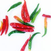 Die intensive Farbe der Chili-Schoten sind ein klarer Hinweis auf ihre Wirkung.